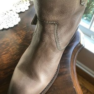 Frye Shoes - Frye Jamie Stitch Short leather boots new NIB 8